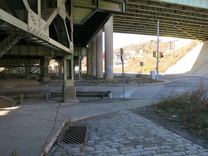 Missing Crosswalk on Forbes Avenue